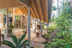 寺崎邸 - 設計: 西沢立衛建築設計事務所 施工: 栄港建設