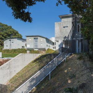 八幡厚生病院新本館棟 - 設計: 富永讓 + フォルムシステム設計研究所 施工: 奥村組