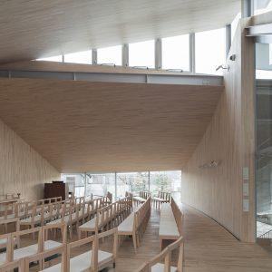 日本キリスト教団 生田教会 - 設計: 西沢立衛建築設計事務所 施工: 辰