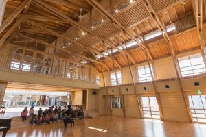 港北幼稚園 - 設計: 仙田満 + 環境デザイン研究所 施工 白石建設