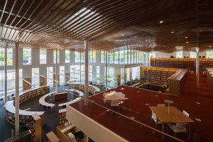 福岡女子大学 図書館棟