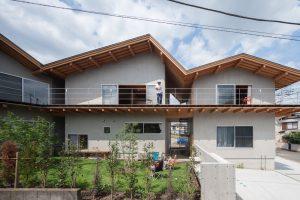 関沢の共同住宅 - 設計: 鈴木淳史建築設計事務所施工 前川建設