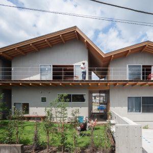 関沢の共同住宅