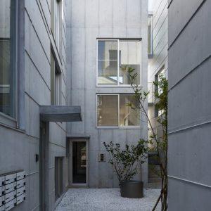 DECKS - 設計: 伊藤博之建築設計事務所 施工: サンユー建設