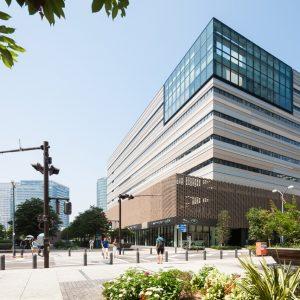 MUFGグローバルラーニングセンター - 設計: 三菱地所設計 施工: 竹中工務店