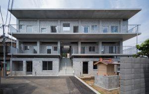 十条の集合住宅 - 設計: 古澤大輔 / リライト_D 施工: TH-1