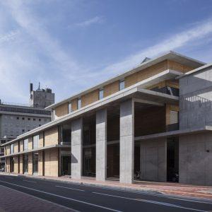 市立米沢図書館・よねざわ市民ギャラリー