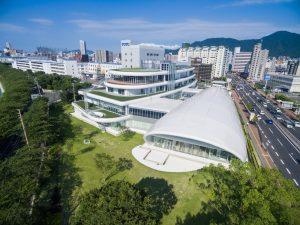 TOTOミュージアム - 設計: 梓設計施工 鹿島建設