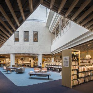 守口市立図書館