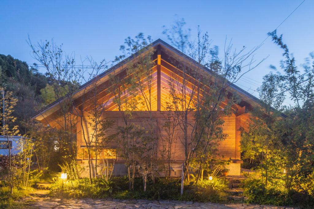 住宅特集 2021年3月号 閾──環境と暮らしを繋げる土間 one-story house